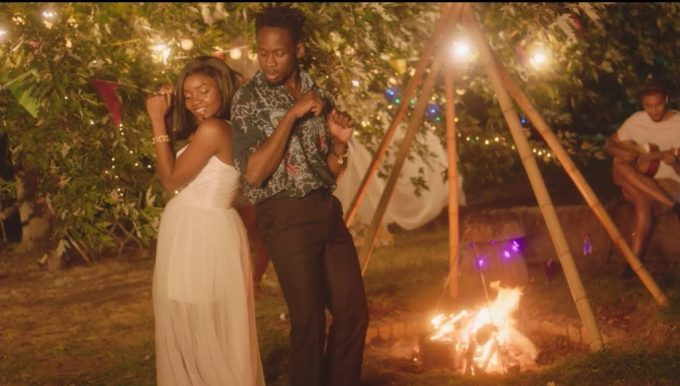 Mr Eazi ft. Simi – Surrender